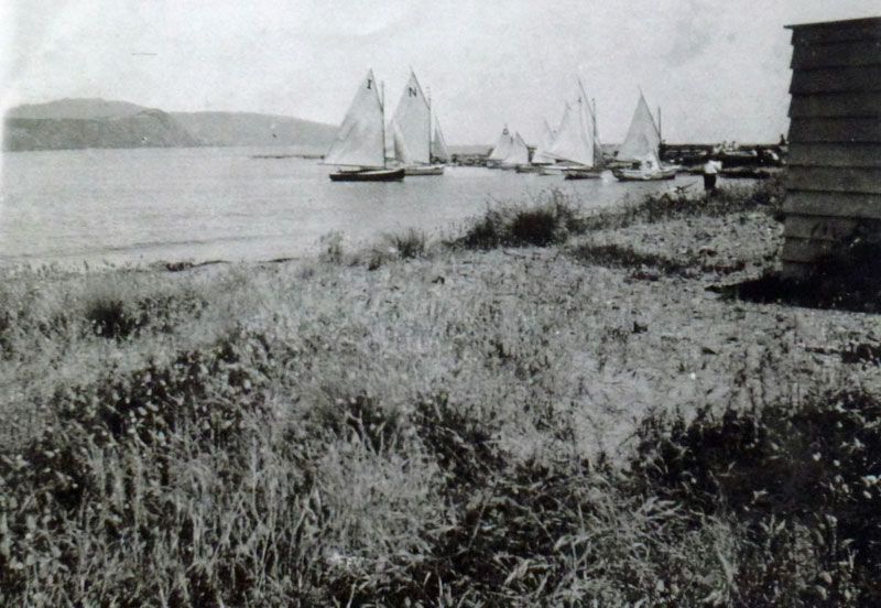 Yachting in Karehana Bay before the Clubhouse were built in 1929 Photo courtesy Mary Casey Collection