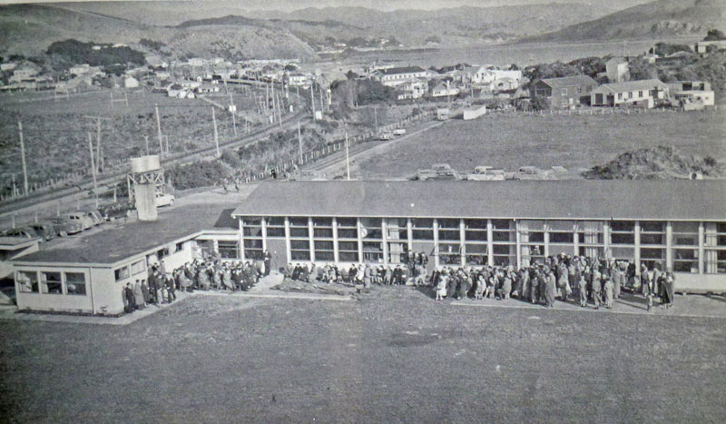 Opening day at the new third school in May 1955 Photo courtesy Plimmerton School 100 Years: 1904-2004