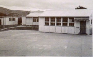 Extra class-room on upper tennis court (1950) Photo courtesy Plimmerton School 100 Years: 1904-2004