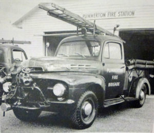 One of two purpose built Ford fire engines in use in the 1950s Photo courtesy R Millar & R Postlewaight, Sand, Sea and Sirens – 75 Years of Firefighting in Plimmerton 1934-2009