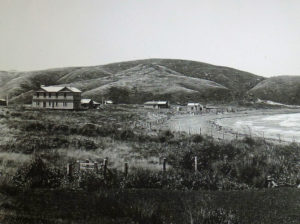 Plimmerton House shortly after it was built in 1894. The railway station is nearby at the edge of the photo. Photo courtesy Alistair Robb collection, Porirua Art + Museum, Porirua